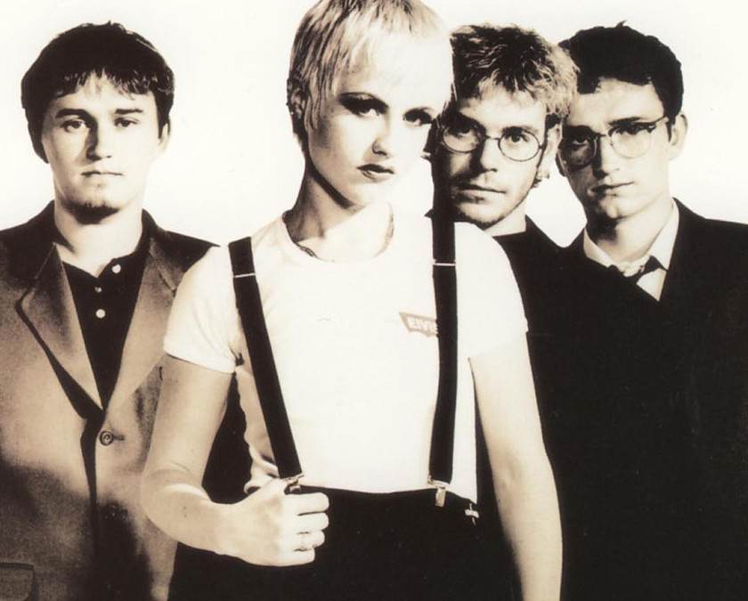 3300_the-cranberries-min.jpg (840×675)